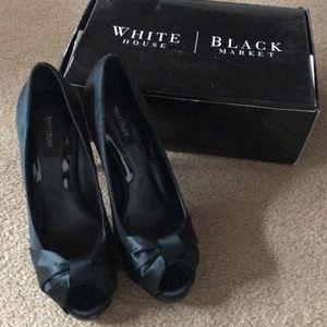 White House black market black heels, size 7 1/2